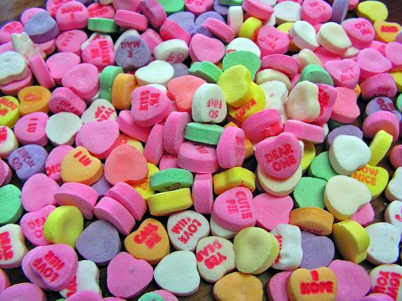 valentine-hearts-1312449.jpg